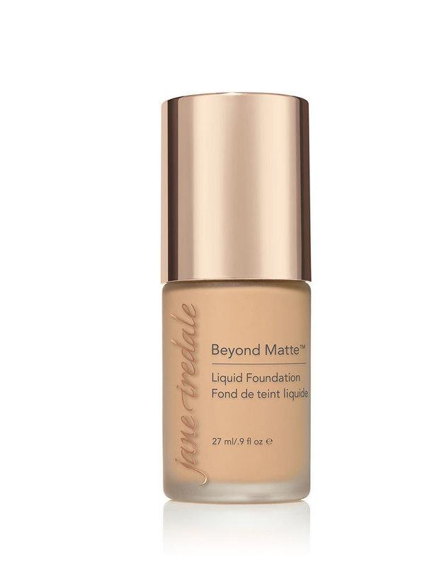 Beyond Matte Liquid Foundation - M8